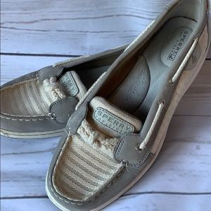Sperry Top slider size 9
